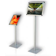 Доска информационная вертикальная для формата А4 округлые углы, нога высотой h 100 см A4 портрет
